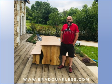 Oak dinning table with 4 benches  (2.5m